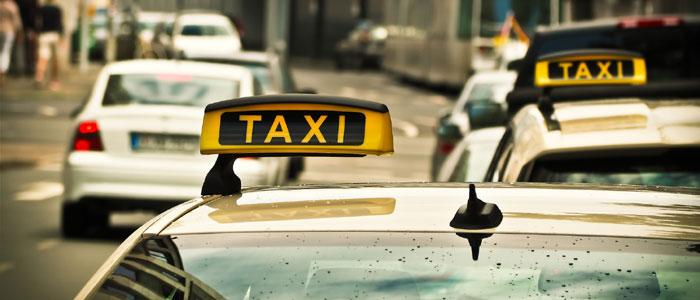 Krankenfahrten mit Taxi oder Fahrdienst